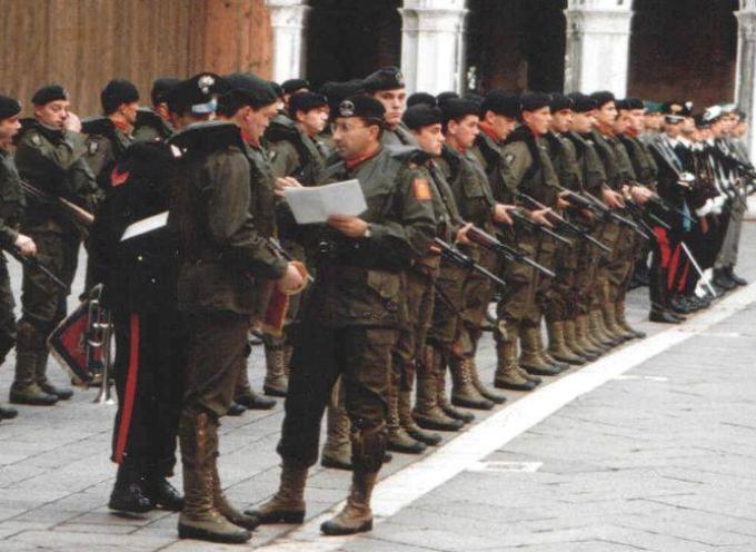 ACCADDE OGGI Il 1 luglio del 2005 l'Italia dice addio al servizio di leva che rimane aperto solo a volontari.