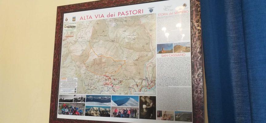 """Ieri sono venuti a trovarmi i rappresentanti del """"Gruppo Trekking Pegaso di Baģni di Lucca""""."""