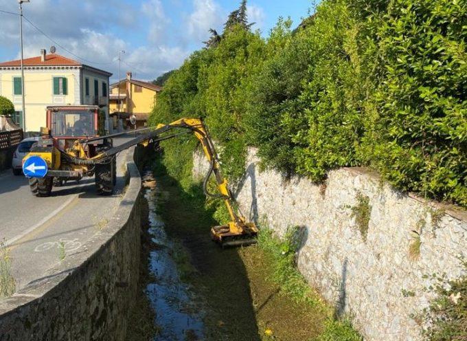 Al via i lavori di manutenzione ordinaria anche a Massarosa. In località Bozzano,