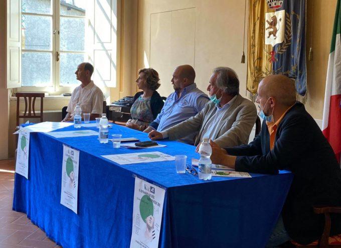 """Si è svolta stamani, presso la sala Carli del Teatro Alfieri, la conferenza stampa per la presentazione del Gran Galà Lirico """"Consonanze Artistiche""""."""