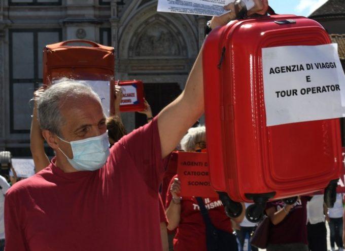 Turismo in crisi: aziende pronte a licenziare, tonfo per le compagnie aeree