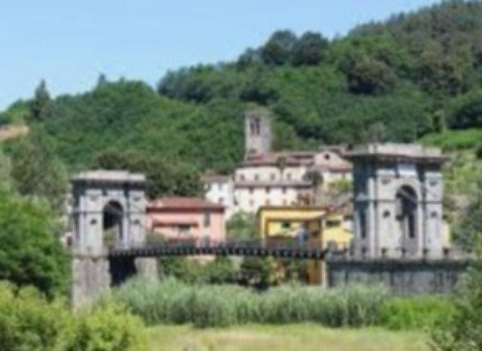 Orgoglio comune: valorizzare l'aria adiacente al Ponte delle Catene.