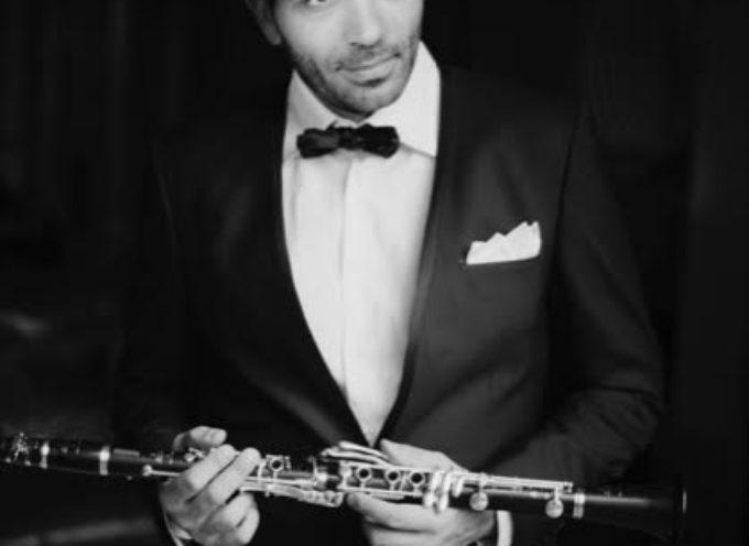 """Da Parigi a """"Pietrasanta in Concerto"""" la virtuosità del clarinettista Pierre Génisson con Jing Zhao e Michael Guttman sulle note di Vivaldi"""