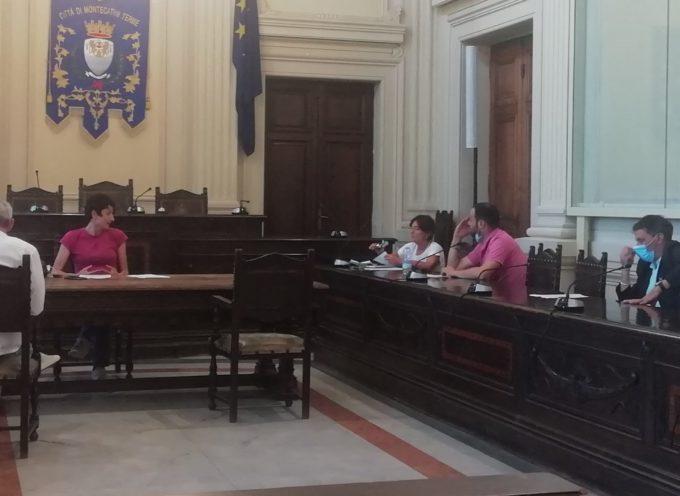 LA CONFERENZA ZONALE DELL'ISTRUZIONE SI SCHIERA PER L'ISTITUTO AGRARIO DI PESCIA
