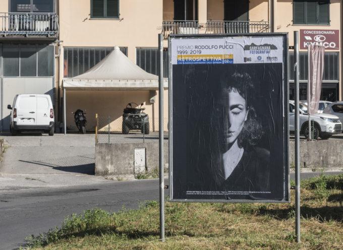 Hanno assunto un aspetto insolito le plance delle pubbliche affissioni a Castelnuovo di Garfagnana.