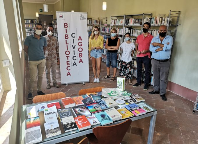Talea e Fridays For Future donano 33 libri a tema ambientale alla Biblioteca Agorà