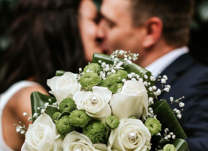 Coronavirus. Cia: saltati 70mila matrimoni. La floricoltura dice addio a 200 milioni