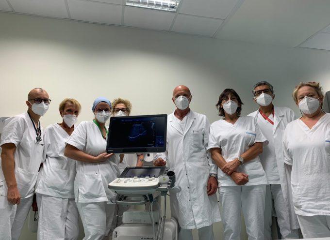 Lucca: donato un ecografo di ultima generazione al reparto di Malattie infettive