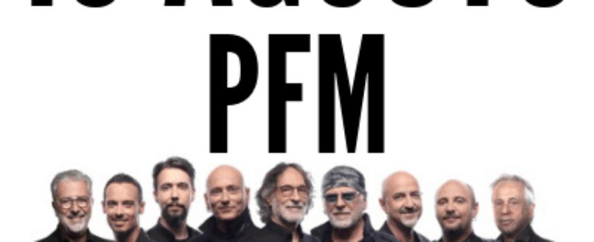 """Felice ritorno  a Villa Bertelli:  Premiata Forneria Marconi in """"Canta De Andrè Anniversary""""  domenica 16 agosto, ore 21.30 Teatro estivo"""