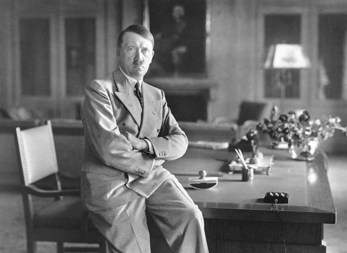 Il 14 settembre 1930 trionfava alle elezioni in Germania il partito Nazionalsocialista tedesco dei lavoratori: