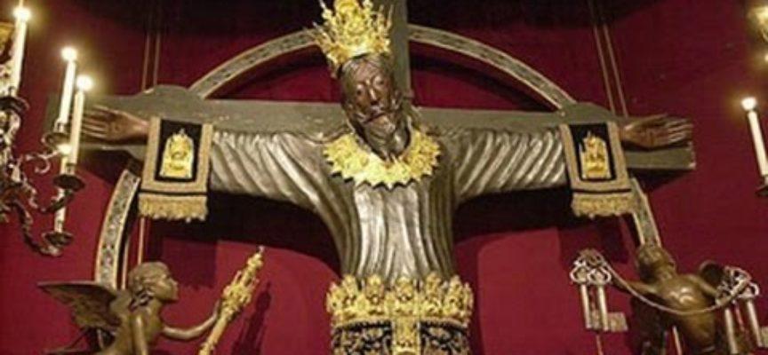 Gentile Vescovo, – nella Sua gradita risposta alla mia critica per aver rinunciato alla Processione di Santa Croce con troppa giovanile fretta,