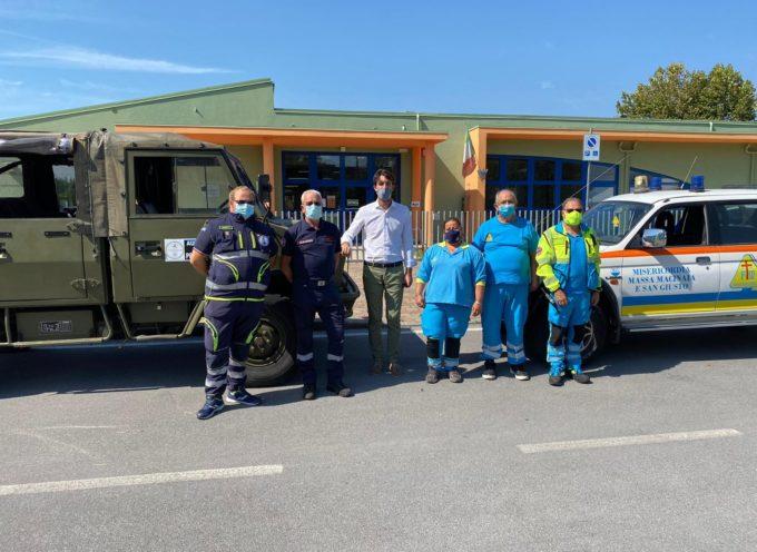 La Protezione Civile a Capannori, Da questa mattina forniscono assistenza all'entrata e uscita delle scuole,