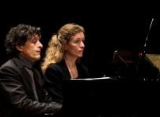 Anima russa e sogno americano: concerto per due pianoforti al Real Collegio