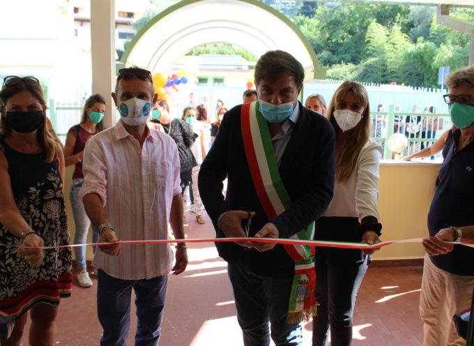 Pietrasanta – inaugurato il nuovo Asilo Scubidù, ha anche un teatro all'aperto nel nuovo giardino