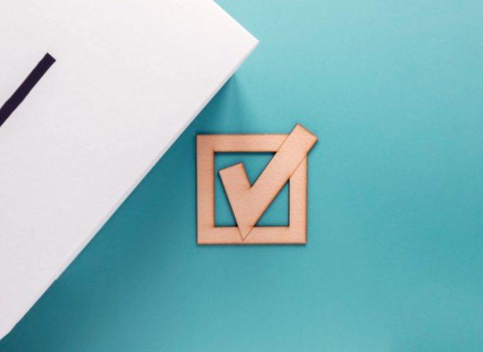 Elezioni: i minori possono entrare in cabina elettorale con i genitori?