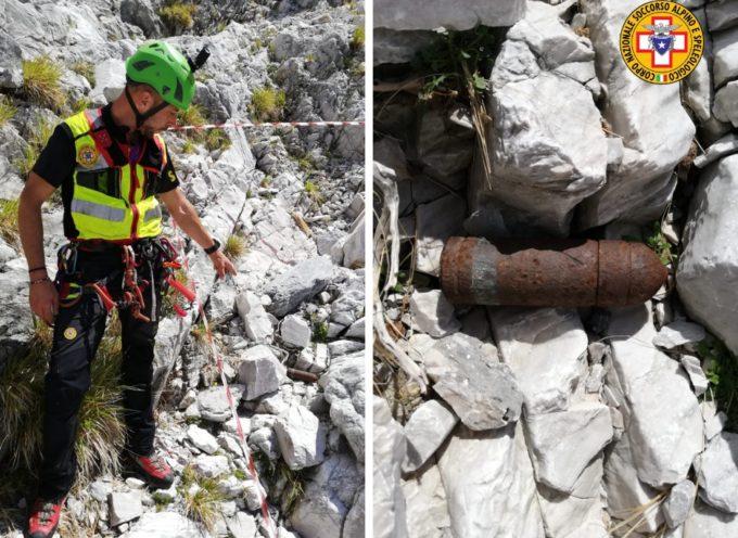 la stazione di Querceta del Soccorso Alpino e Speleologico toscano ha fornito supporto agli artificieri dell'Esercito per la rimozione di un ordigno inesploso