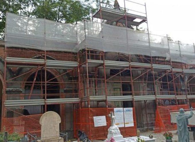 PATRIZIO ANDREUCCETTI – Sono iniziati stamattina i lavori per la messa in sicurezza e riqualificazione della Cappellina del Cimitero di Borgo.
