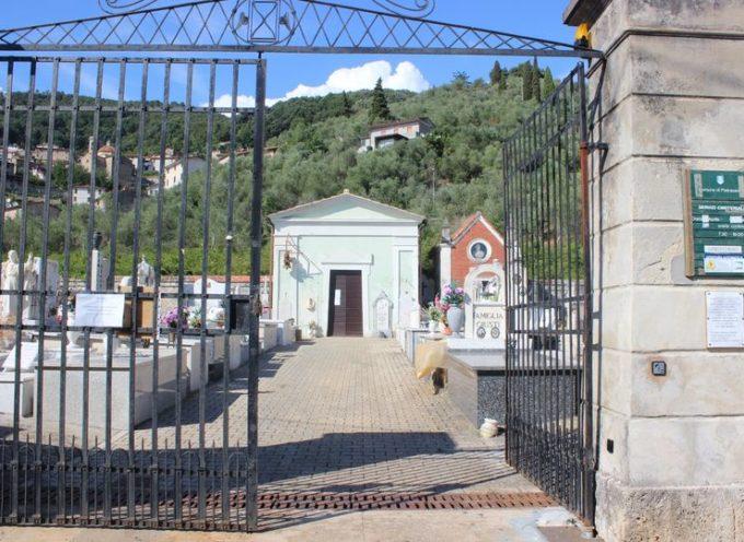 PIETRASANTA – Cimiteri: in vigore orario invernale, apertura dal martedì alla domenica