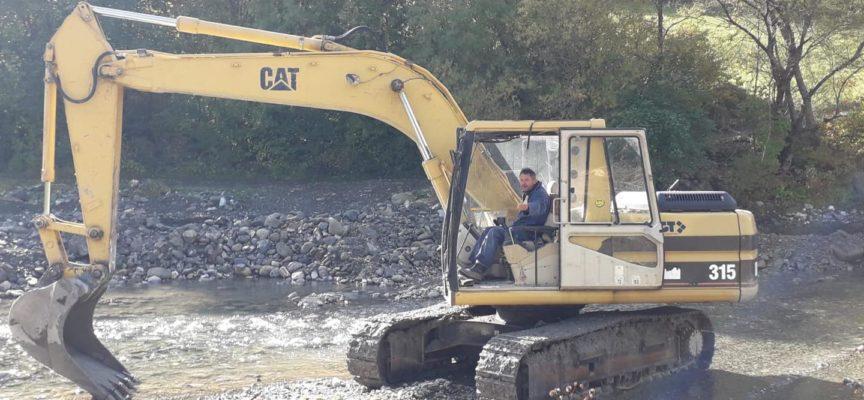 L'amministrazione comunale ringrazia la ditta BERTEI MASSIMO per la realizzazione del lavoro sul letto del fiume Acqua bianca