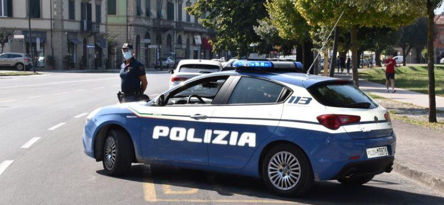 Ieri pomeriggio, la Polizia di Stato ha arrestato, a Lucca, un napoletano del 70, da anni residente in questa provincia.