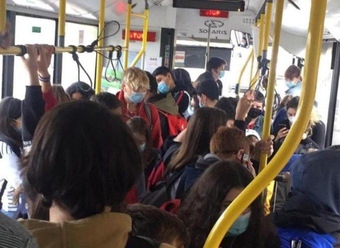 Il Presidente Giani ha firmato una convenzione con Ncc ed aziende private di trasporto, al fine di diminuire fino al 50% la capienza dei bus.