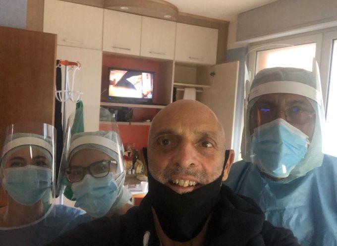 Paolo Brosio – Il ricovero Covid 19 è terminato, tra qualche giorno potrò tornare a Mediaset