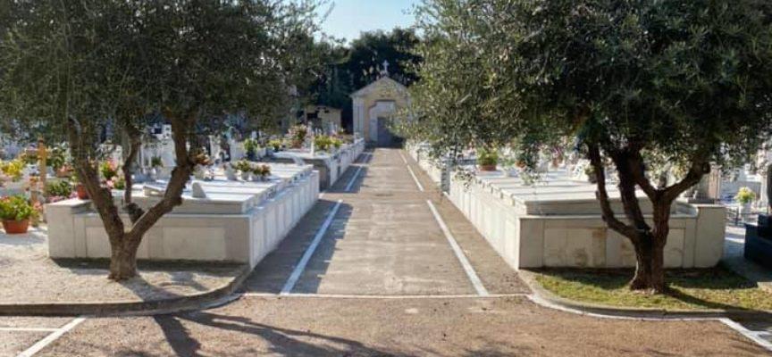 Commemorazione dei defunti: lunedì 2 novembre non si terranno celebrazioni all'interno dei cimiteri