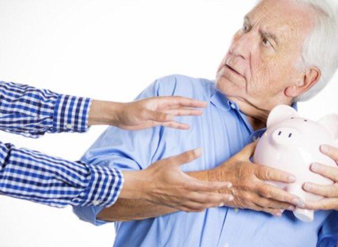 Pensioni, allarme INPS per un buco da 26 miliardi di euro: