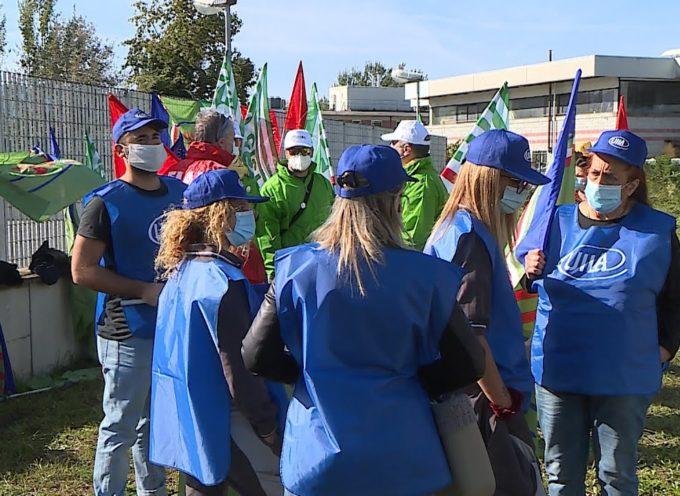 Rinnovo contratto, sciopero alla Manifattura di Mugnano