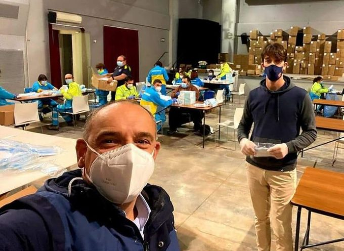 Da giovedì 19 novembre a domenica 22 novembre sarà possibile ritirare le mascherine della Regione Toscana