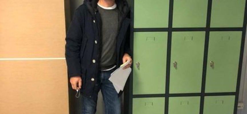 Alle Ugo Guidi arrivano 45 armadietti: ogni studente avrà un proprio spazio, in cui depositare libri e oggetti personali