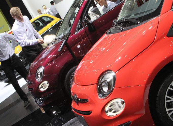 Frena il mercato dell'auto a ottobre,bene Fca(+12,5%)