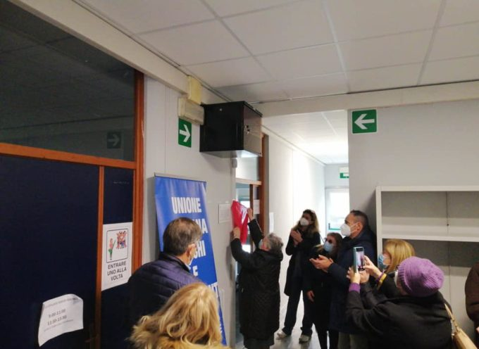 Intitolata ieri mattina a Leopoldo Federigi l'aula di informatica delle scuole medie Ugo Guidi.