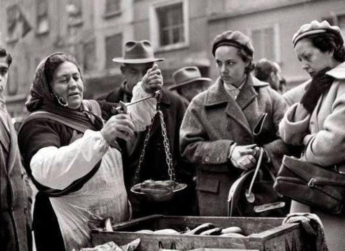 E ora, di corsa al mercato o in pescheria per comprare il pesce per la cena della Vigilia….