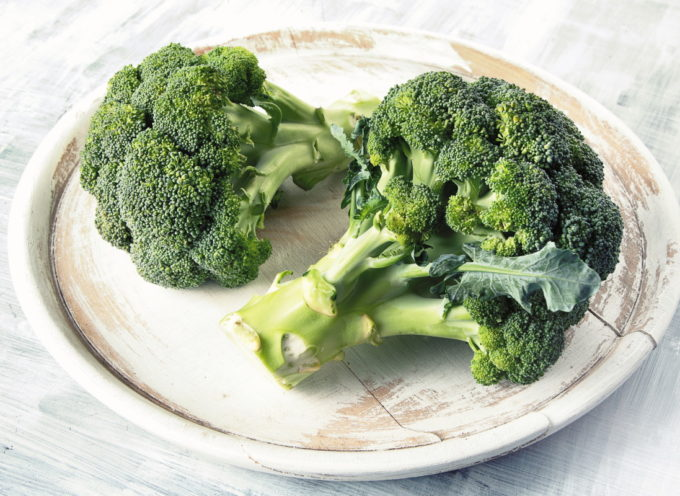 Del broccolo non si butta via niente! Come riutilizzare gli scarti e cucinare foglie e gambi