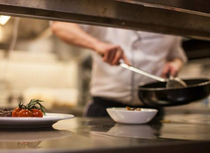 Indennizzo da 2.500 euro a bar e ristoranti della Toscana colpiti dalle chiusure