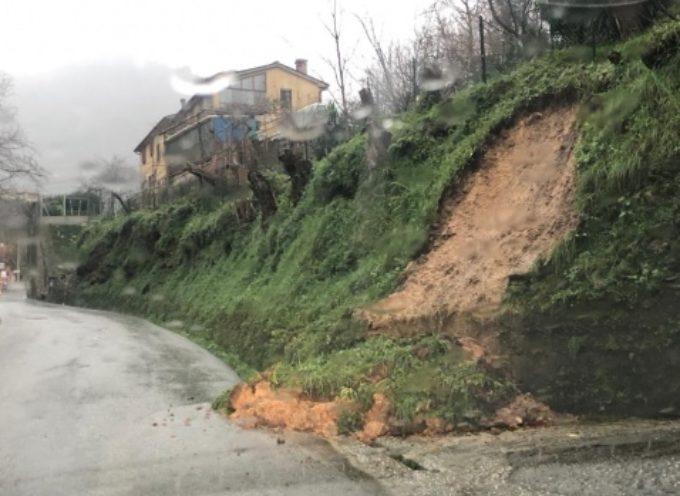 Maltempo: pioggia incessante e nuova allerta meteo, tre smottamenti non gravi a Pietrasanta