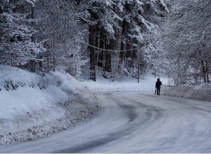 VALLE DEL SERCHIO – Avviso di criticità codice ARANCIONE per neve zone S1 e S2 dalle ore 21 di martedì 5 gennaio alle ore 13 di mercoledì 6 gennaio 2021.