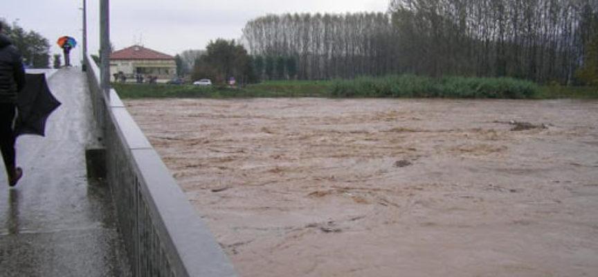 con il maltempo che imperversa da ieri, il fiume Serchio e i torrenti della Piana sono i sovegliati speciali.