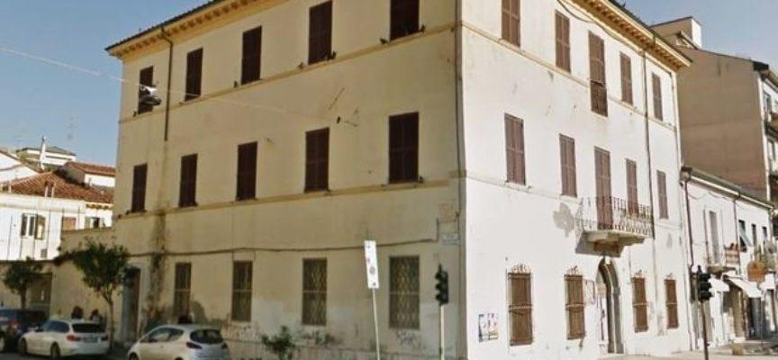 Viareggio per l'ex Caserma Mazzini ipotizza la realizzazione di una scuola di alta formazione nautica.