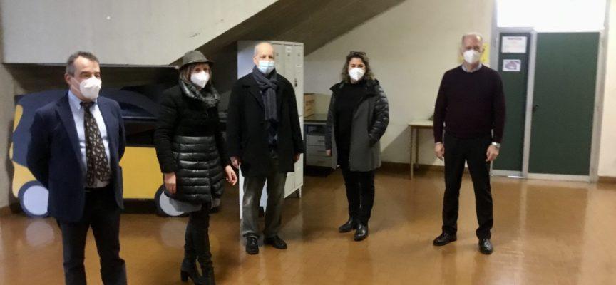 """""""Scuole Sicure"""": a Lucca effettuati i primi 15 tamponi antigenici sugli studenti dell'Istituto """"Enrico Fermi"""""""