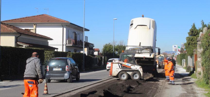 Viabilità: strade sicure, cantiere lungo via Aurelia (Pontestrada) per asfaltatura