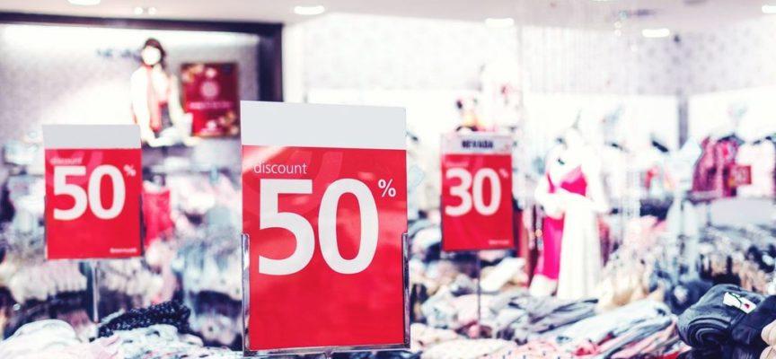Confcommercio, saldi: -1 miliardo di euro causa Covid
