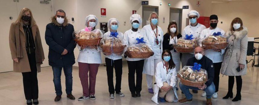 Un dolce pensiero da parte degli studenti dell'ISI Barga per il personale dell'ospedale di Lucca