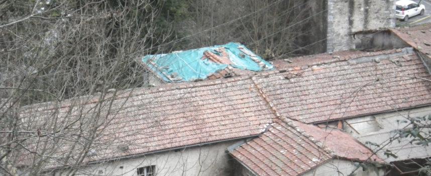 Tetto della chiesa di S.Rocco a Mulina di Stazzema, urge un intervento