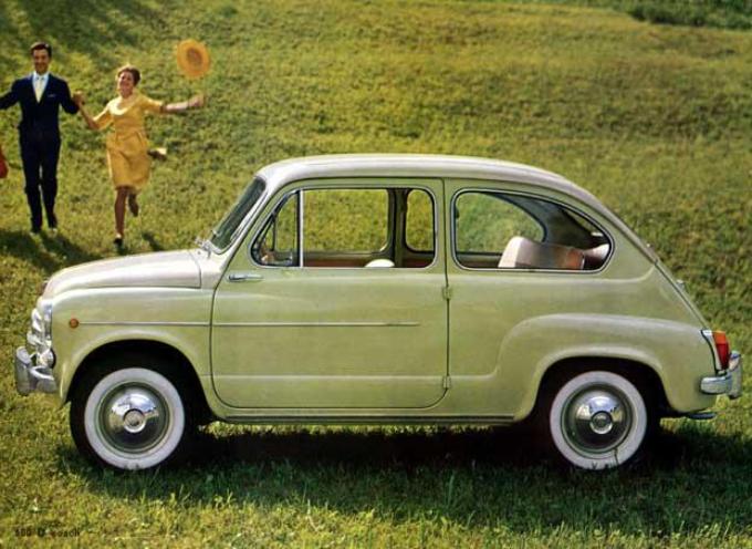 Il 9 marzo 1955 viene presentata a Ginevra la Fiat 600.