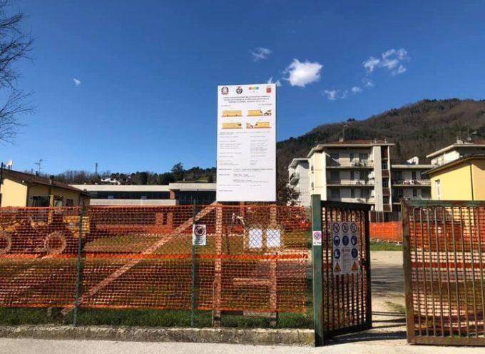 Alla scuola di Fornoli sono iniziati i lavori di costruzione della nuova palestra.
