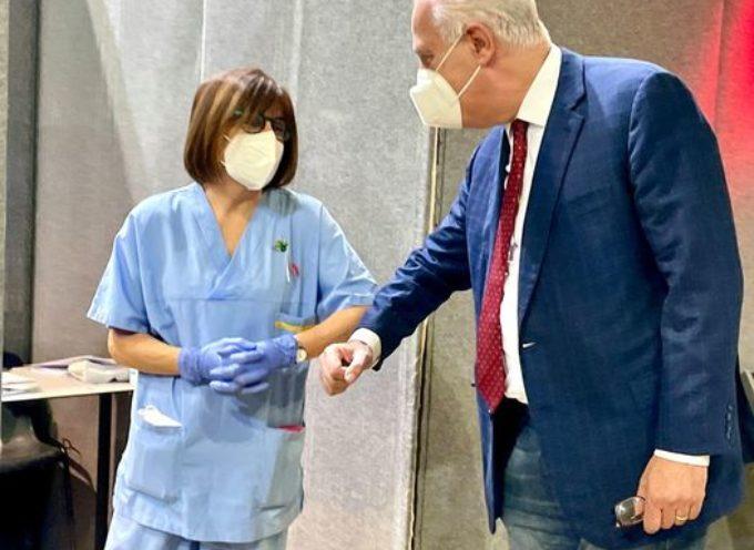 Prosegue senza sosta anche oggi la campagna di vaccinazione in Toscana.
