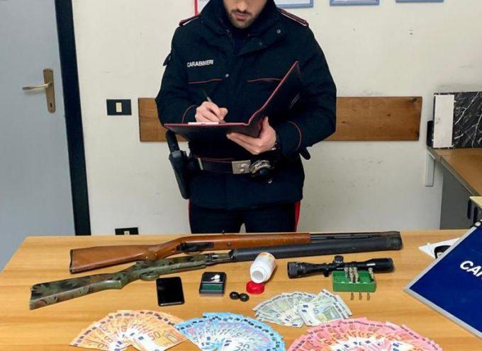 Pietrasanta (LU): sorpreso con cocaina ed un'arma detenuta illegalmente, arrestato dai Carabinieri
