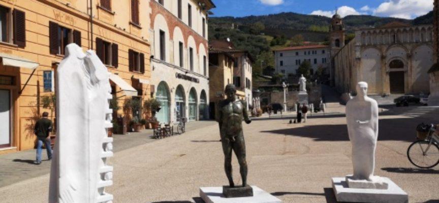 il ritorno dell'Apollo di Rasmussen, Piazza (Duomo) in Attesa fino al 23 maggio